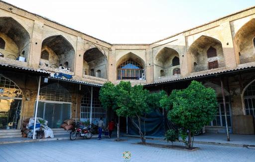 شروع پروژه بازآفرینی سرای روغنی شیراز