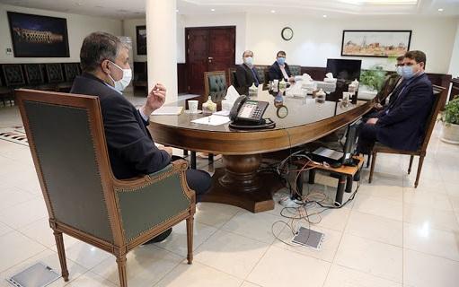 گفتگوی وزیر راه و شهرسازی و استاندار کرمان در خصوص پیگیری پروژه های بازآفرینی شهری در کرمان